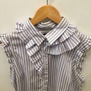 Banana Republic ruffle sleeveless blouse